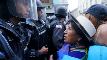 carmenfacespolice_ecuador