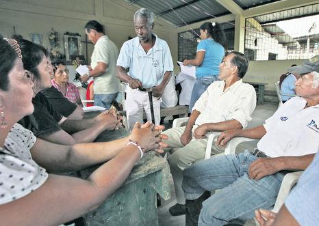 Recuerdos-Sucumbios-Forcofes-Costales-COMERCIO_ECMIMA20131013_0014_6